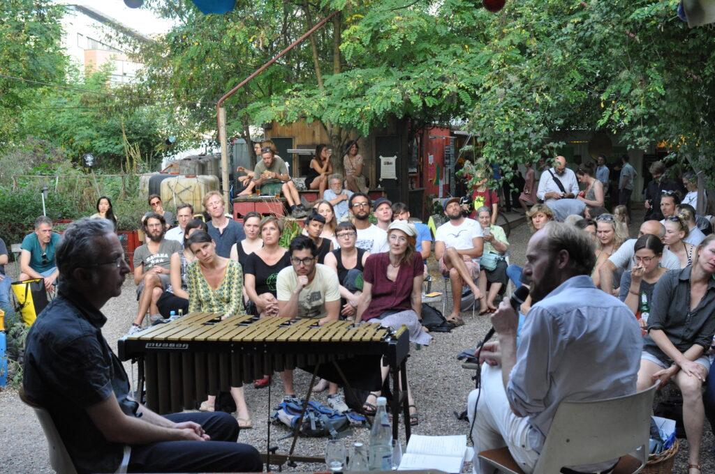Gespräch zu Improvisation und Aktivismus mit Christopher Dell